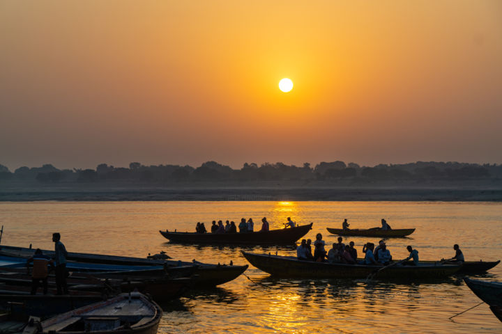 Morning on the Ganges - Photography, ©2018 by Nancy Axelrod -                                                                                                                                                                                                                                                                                                                                                                                                                                                                                                                                                                                          Street Art, street-art-624, Asia, Boat, Nature, Places, Seascape, Instagram, morning on the Ganges, sunrise, Varanasi, India