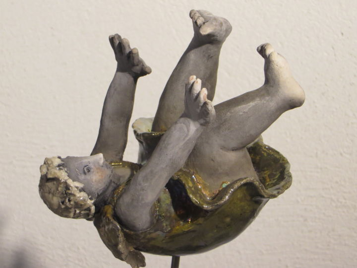 La Chute - Sculpture,  20x20 cm ©2016 by Nicola Deux -                                                                                            Figurative Art, Ceramic, Aerial, Body, Fantasy, Humor