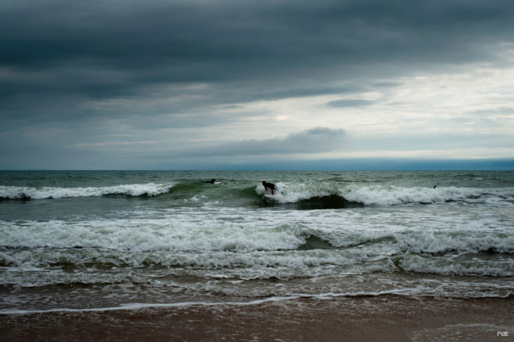 Engagement - Photography,  28x39.4x0.4 in, ©2019 by Nikam Zeiss -                                                                                                                                                                                                                                                                                                                                          Nature, Beach, Sports, surf, vague, mer, plage