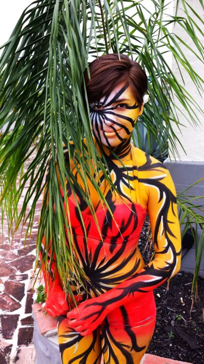 phases of miranda - Painting, ©2013 by Oscar Galvan -                                                                                                          Bodypainting, Deco Pizzeria
