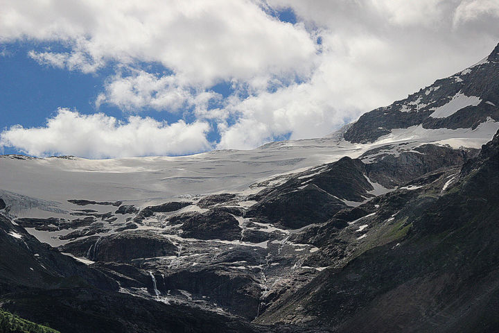 08-suisse-glaciers-express.jpg - Photography,  30x45 cm ©2018 by Michel Hervo -