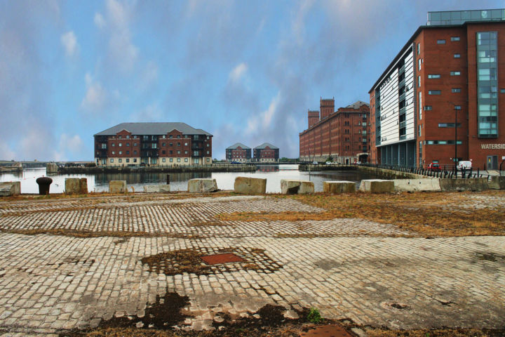 Empty land, redevelopment imminent - ©   Online Artworks