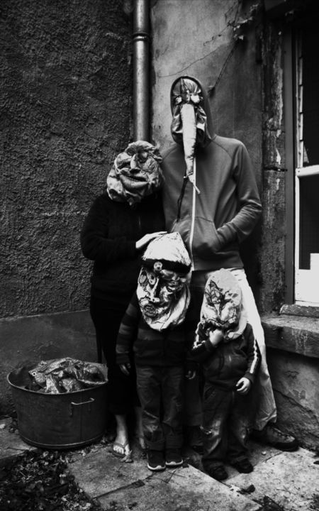 Monsieur, Madame & leurs enfants - Photography, ©2018 by Patrick Jannin -                                                                                                                                                                                                                                                                                                                  Outsider Art, outsider-art-1044, Family, Black and White, Limited Edition, Black and White