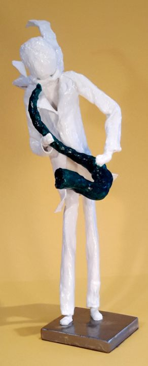 Saxo-in-the-wind - Sculpture,  35x16x15 cm ©0000 by SUZAN -                                                        Art Deco, Other, Music