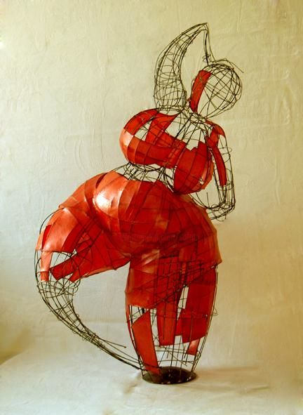 fortuné - Sculpture,  30.3x22.1 in, ©2004 by Sarah François -                                                              sculpture en fils de fer