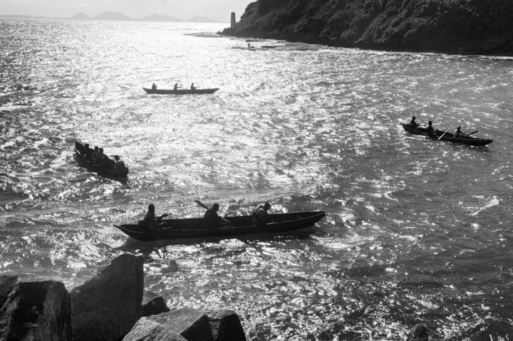 Quatre pirogues - Photography ©2018 by salvatore avallone -                                                                    Documentary, World Culture, Black and White, Seascape, pirogues, Madagascar, Black and White