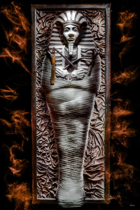 Le Pharaon Mystérieux - Photographie,  35,4x23,6x1,6 in, ©2020 par San Art -                                                                                                                                                                                                                                              light painting, no photoshop, Egypte, pharaon, sarcophage