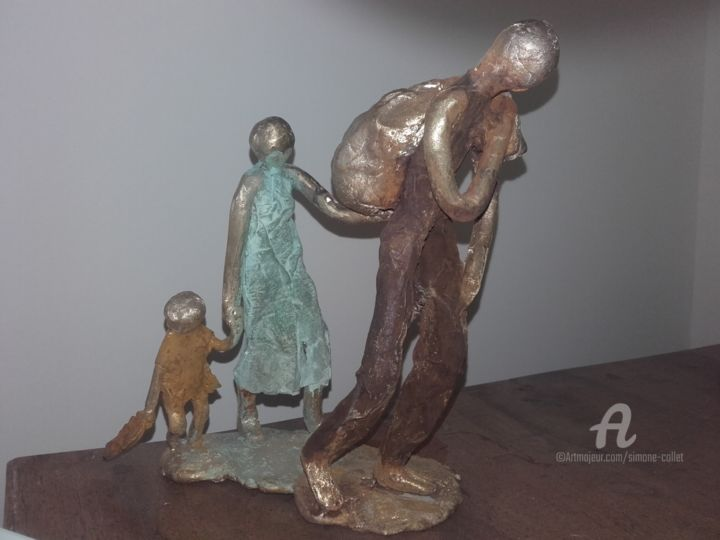 migrants bronze - © 2019 migrant, baluchon, femme, enfant, fillette, bronze, fait'main Online Artworks