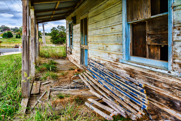 Crookwell Cottage - Photography, ©2019 by Stuart Row -                                                                                                                                                                                                                                                                                                                                                                                                                                                                                                                                                                                                                  Architecture, Home, house, cabin, cottage, homestead, farm, abandoned, grungr, rustic, rural, verandah, porch