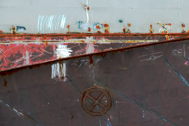 0769-14 / Matière écrite 1 - Digital Arts, ©2019 by Sylvie Dessert (Syl) -                                                                                                                                                                                                                                                                                                                                                                                                                                                                                                                                                                                          Abstract, abstract-570, Abstract Art, Boat, Graffiti, Ships, Patterns, Bordé, Cargo, Carénage, Rouille, Matière