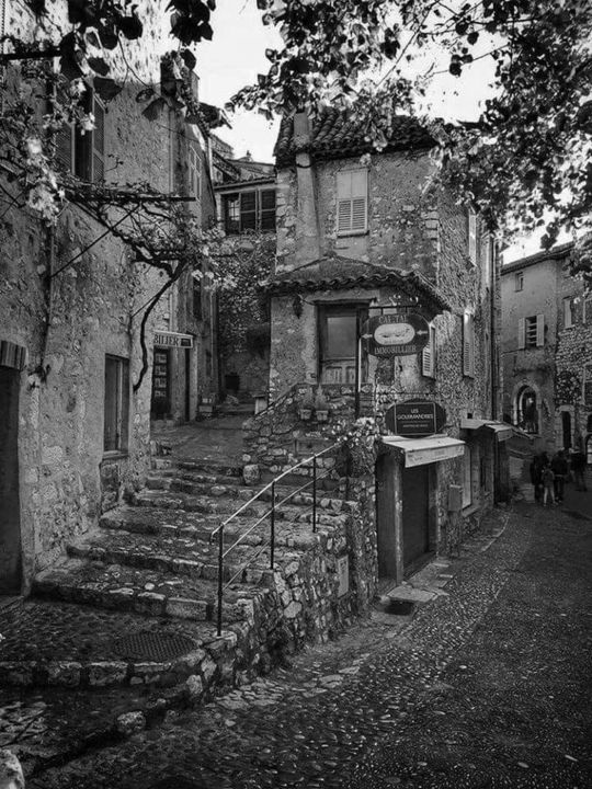 Vieille ruelle - Photography, ©2016 by Thierry Bressan -