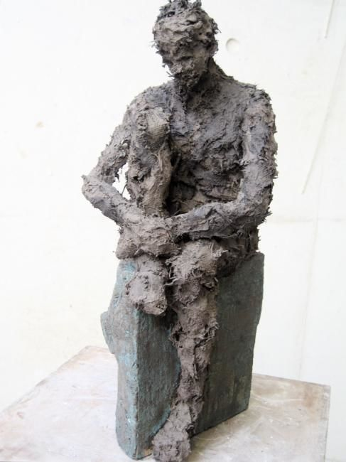 POSE - Sculpture,  15.8 in, ©2007 by Marie Tucat -                                                              corps terre tissu