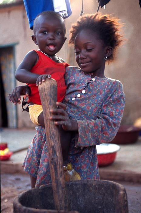 portrait - Photography, ©1999 by Loïc Auberger -                                                              portrait enfants burkina