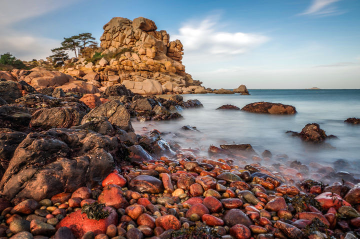Galets-Rouges - Ploumanac'h - Photography,  33.24x50 cm ©2015 by Valére bdh -                                                                                Environmental Art, Seascape, Light, Nature, Time, Galets, rouge, ploumanach, perros-guirec, côte de granit rose, mer, granit, britain