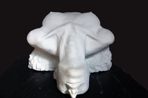 Sculpture,  53 x 39 x 55 cm ©2009 by Valeria Ferrero -  Sculpture, donna gesso