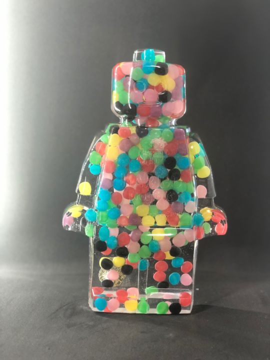 legoclusion N°48 - Sculpture,  25x16x5 cm ©2019 by Vincent VerSus Sabatier -                                                                                    Pop Art, Other, Pop Culture / celebrity, Celebrity, Kids, legoclusion, vincent sabatier, sabatier, VincentVerSus Sabatier, legoart, legoartist, lego, haribo, dragibus, bonbon, art, resin'art, resin, resine, neopop, popart, legodisco