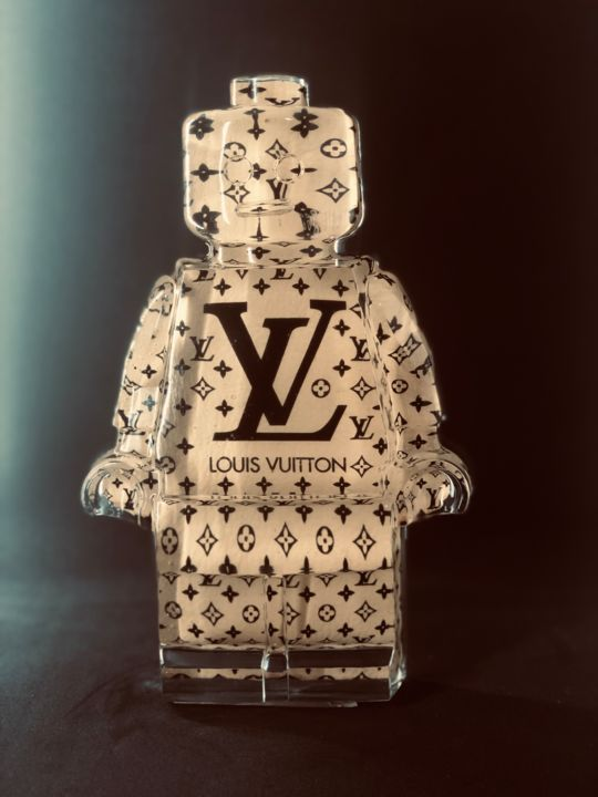legoclusion N°56 louis Vuitton - Sculpture,  25x16x5 cm ©2019 by Vincent VerSus Sabatier -                                                                                                Pop Art, Other, Culture, Pop Culture / celebrity, Kids, Fashion, legoclusion, legolove, legoart, lego, legodisco, louis vuitton, fashion, mode, cuir, vincent sabatier, VerSus, popart, neopop, LV, sabatier, legoartist, kiss the pop, kissthepop