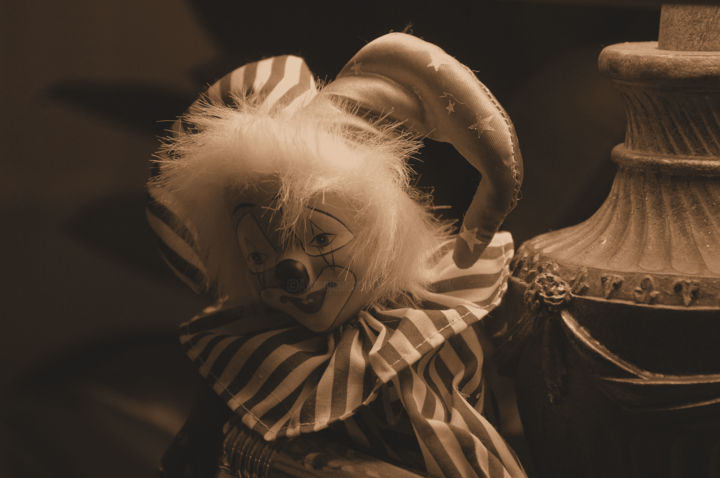 Clown.jpg - Photography ©2010 by William Olexik -                            Dark-Fantasy, Clown, Chucky