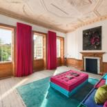 Famous artist Anish Kapoor is selling one of London's most impressive residences for $ 26 million